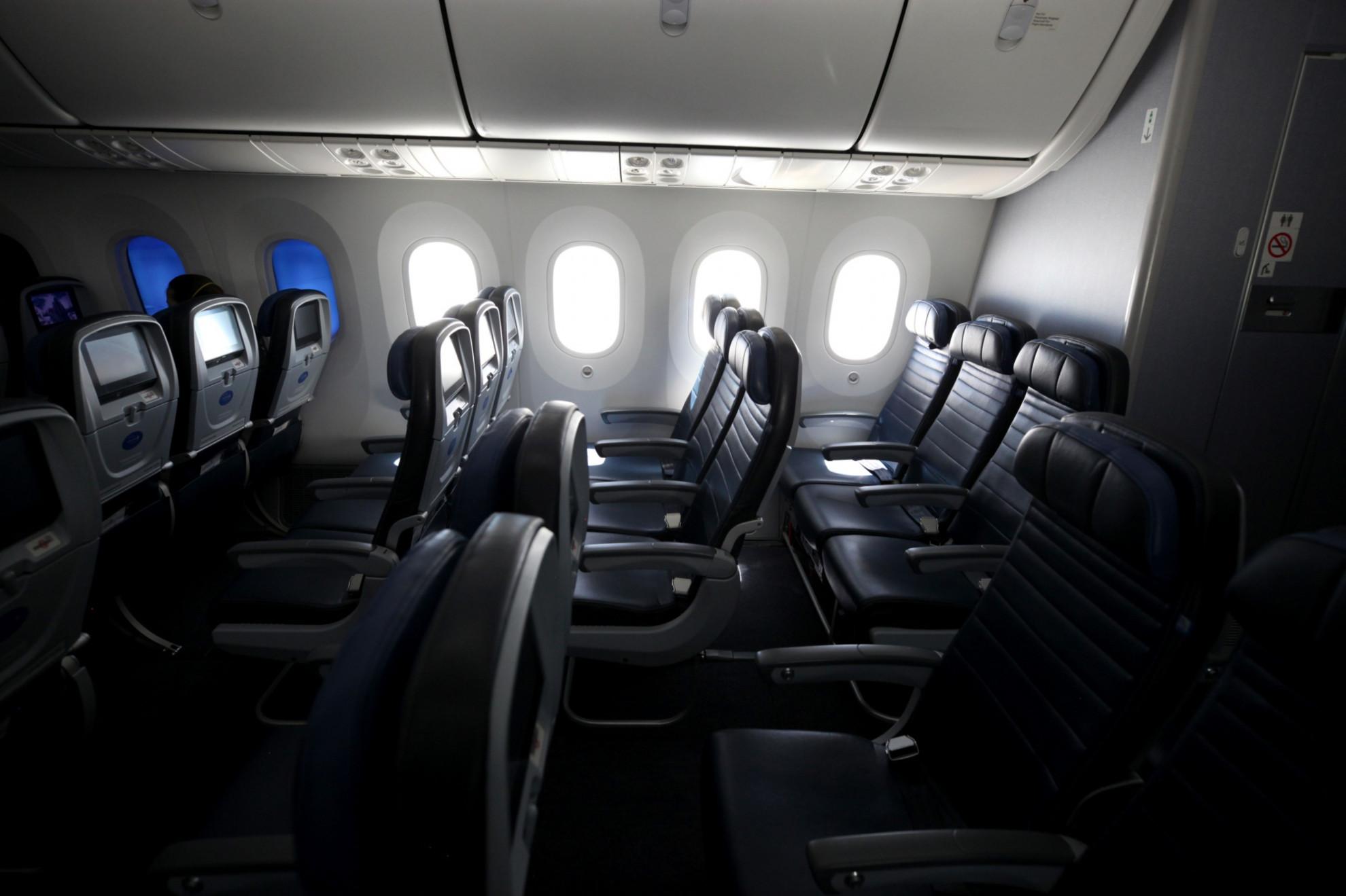 Las cabinas de los aviones podrían verse diferentes la ...