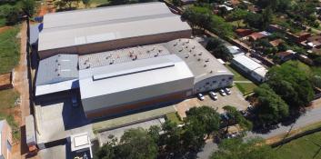 El Fondo de inversión: Naves Industriales inicia sus operaciones en el mercado nacional.