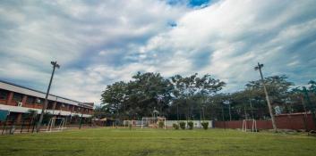 Colegio Cerritos: Una conexión con sus sueños.